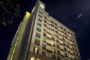 Grand Surya Hotel Kediri - Tampilan Luar Hotel