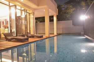 3 BR Pool Villa Dago City View Bandung - Kolam Renang