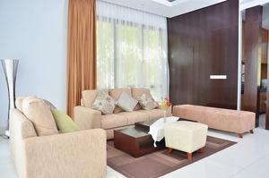 3 BR Pool Villa Dago City View Bandung - Ruang Keluarga