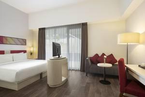 Hotel Santika Pekalongan - Kamar Deluxe Holywood