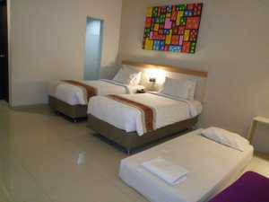 Laxston Hotel Jogja - Executive Family Room