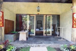 Sudi Guest House