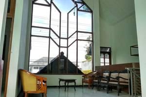 Hotel Asri Graha Jogja - Lounge Publik