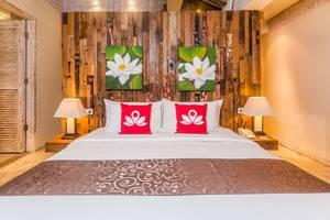 ZenRooms Kerobokan Umalas Klecung Bali - Tampak tempat tidur double
