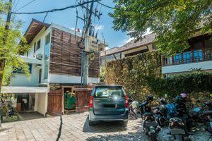 ZEN Rooms Kerobokan Umalas Klecung Bali - tampak depan hotel