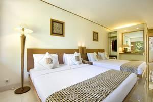 Nyiur Indah Beach Hotel Pangandaran - Super Deluxe Family Lower Floor