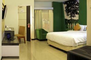 PROMENADE Hotel