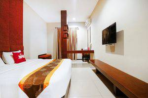 ZEN Rooms Near Nagoya Square Batam - Kamar Double