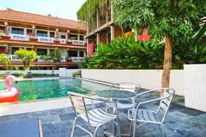 Palm Garden Kuta Bali - Pool