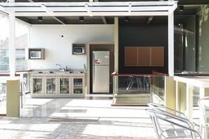 21 Lodge Bali - Kitchen Zoom Out