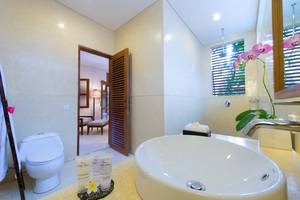 Villa Kinaree Estate Seminyak - Villa A - Kamar Mandi
