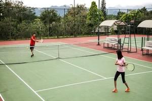 Mason Pine Hotel Bandung - Lapangan Tenis