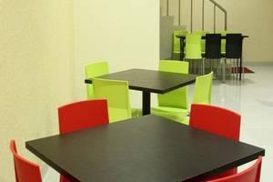 New Legend Hotel Makassar - Ruang makan