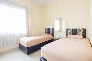 New Legend Hotel Makassar - Room