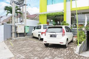 Airy Karamat Bhayangkara 127 Sukabumi - Exterior