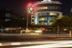 Mega Cikini Jakarta - Tampilan Luar