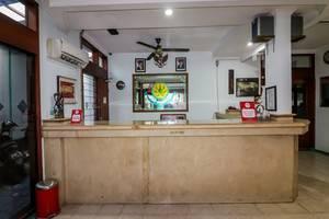 NIDA Rooms Genteng Bambu Runcing Surabaya - Resepsionis
