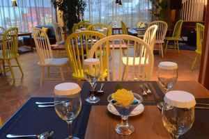 Yunna Hotel Lampung - Restoran