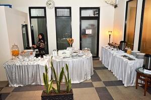 Havilla Maranatha Hotel Padang - sarapan pagi