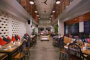Neo+ Kuta Legian - Restoran