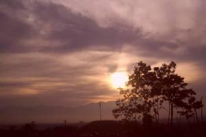 De'Vita Homestay Malang - Matahari terbenam