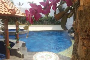 KJ Hotel Yogyakarta Yogyakarta - POOL