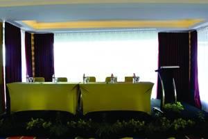 KJ Hotel Yogyakarta Yogyakarta - meeting room