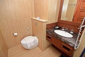 KJ Hotel Jogja - BATHROOM