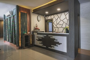 RedDoorz Plus near Pantai Coastarina 2