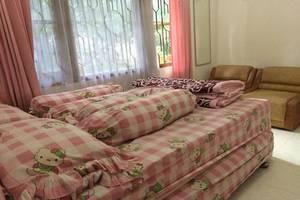Batu Villa Wahana Malang - Kamar tamu