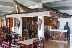 Hotel Ambaroba Resort Samosir - Restoran