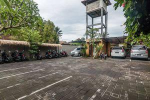 ZenRooms Ubud Singakerta Bali - Area parkir