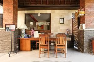 RedDoorz @Ngurah Rai Sanur Bali - Resepsionis
