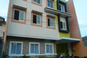 Hasanah Guest House Malang - Eksterior