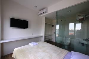 Bintaro Rumah Kayu Manis South Tangerang - Room