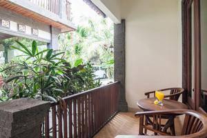 Puri Yuma Hotel Bali - Deluxe Balcony