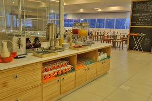 HARRIS Hotel Pontianak - Buffet H-Cafe