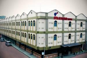 Hotel Standard Batam - Tampilan Luar