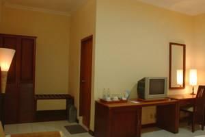 Wisma Joglo Hotel Bandung - Suite (26/11/2013)