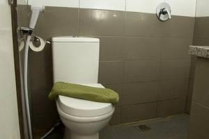 DPalma Hotel Bandung - Bathroom