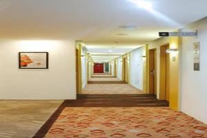 Ibis Bandung Pasteur Bandung - Corridor
