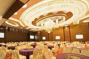 Four Points by Sheraton Medan - Grand ballroom