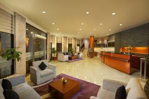 Aston Rasuna - Lobby Area