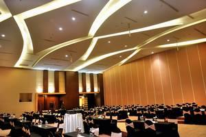 Gumaya Hotel Semarang - Ballroom