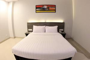 Urban Style by Front One Pringsewu - DOUBLE BED ROOM
