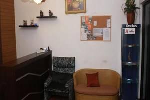 Unique Guest House Bandung - Ruang tamu