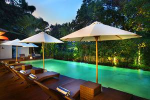 Pandawa All Suite Hotel Bali - Pemandangan Kolam