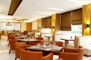 Cavinton Hotel Yogyakarta - Restoran