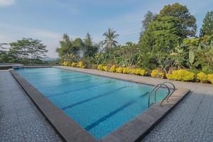 RedDoorz Premium @ Fafa Hills Resort Puncak