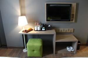 Pesonna Hotel Gresik - Room